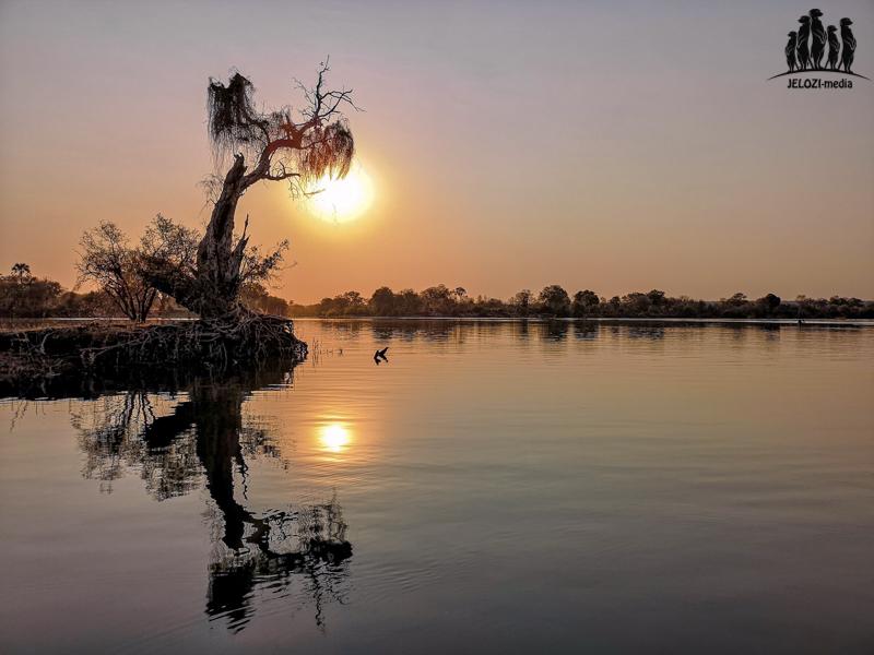 Sonnenuntergang Sambesi - Afrika, Simbabwe - JELOZI