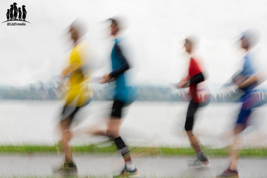 Marathonläufer Mitziehaufnahme - Lindau, Bodensee - JELOZI