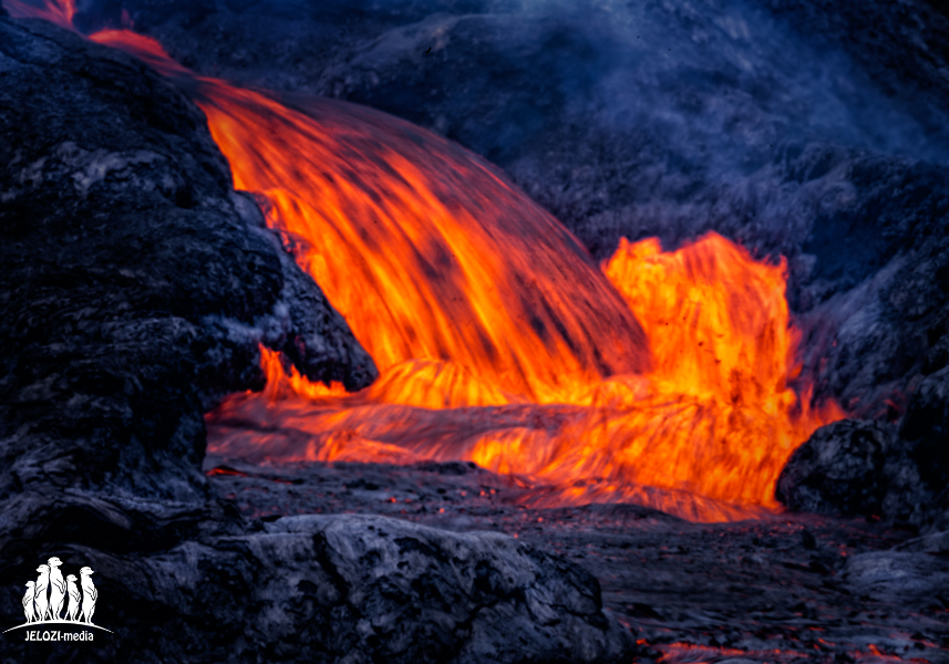 Lava vom Vulkan Fagradalsfjall - Island - JELOZI